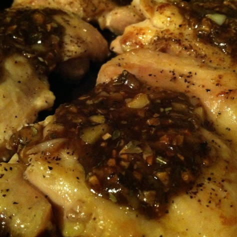 Brown Sugar + Garlic Smothered Chicken Thighs (43)