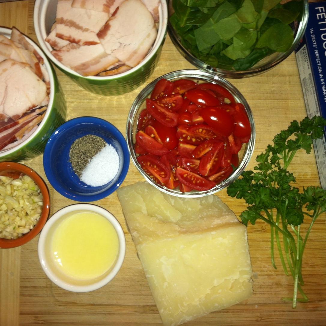 Creamy BLT + Wilted Spinach Pasta (5)