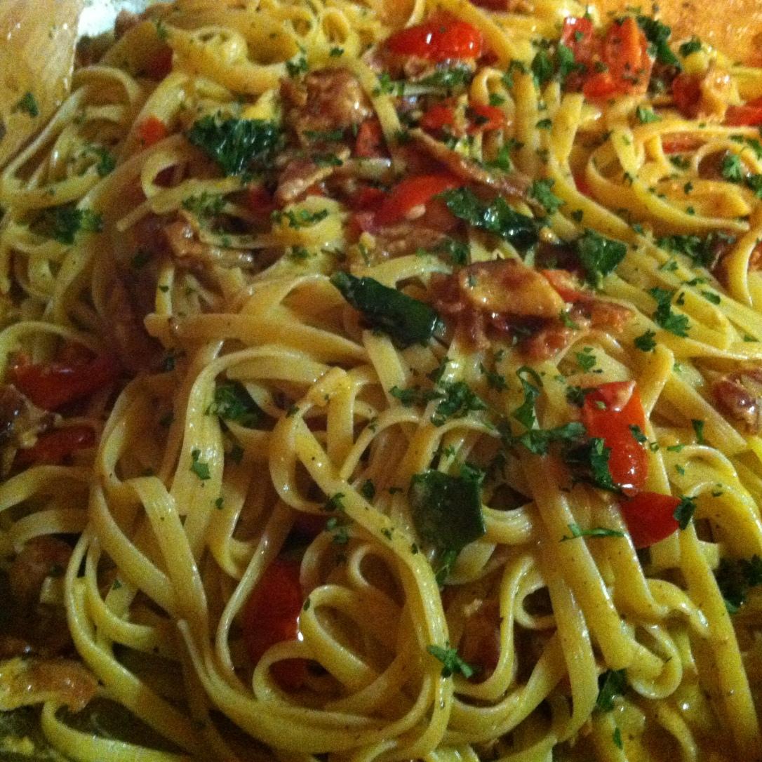 Creamy BLT + Wilted Spinach Pasta (65)