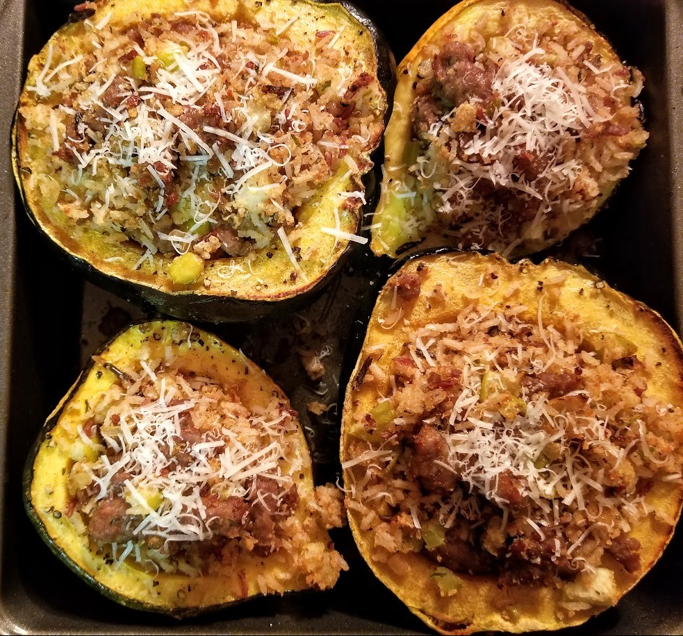 sausage apple + wild rice stuffed acorn squash 1